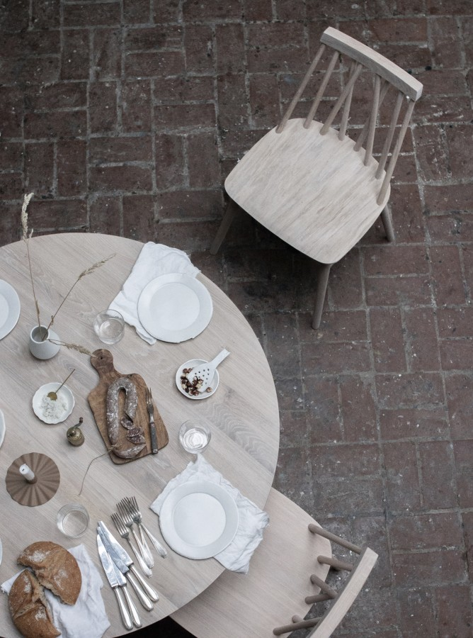 MORNING 1100 dining table