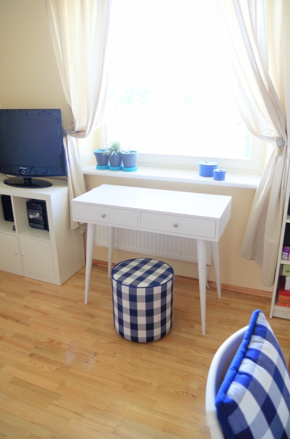 Oak console table / oak desk NO06-1000