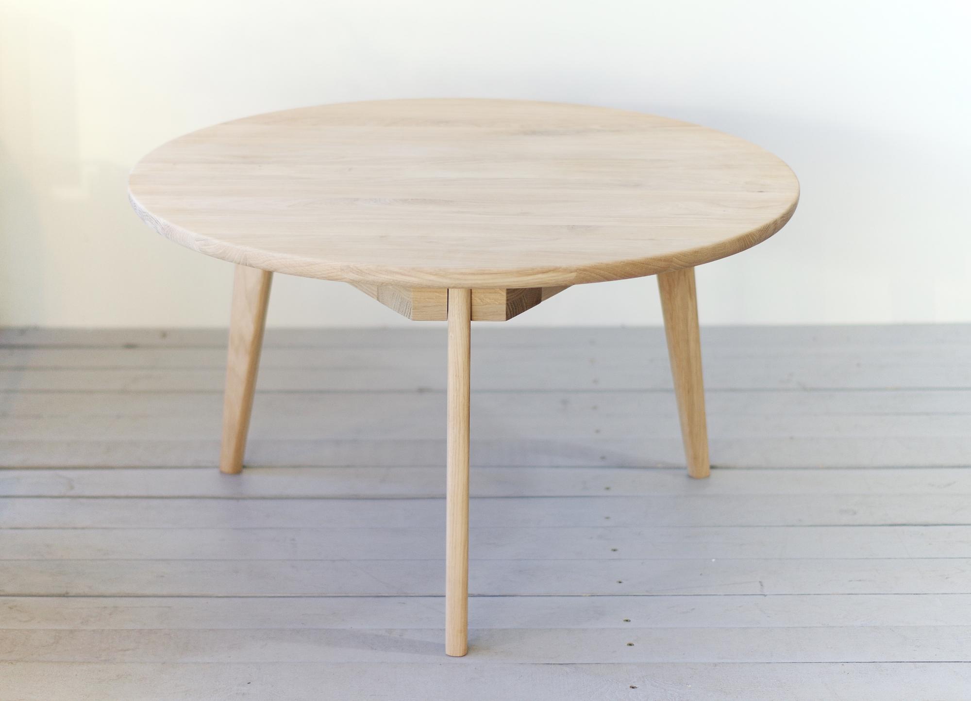 - VIKI Round 80 Coffee Table - ALiusyDecor