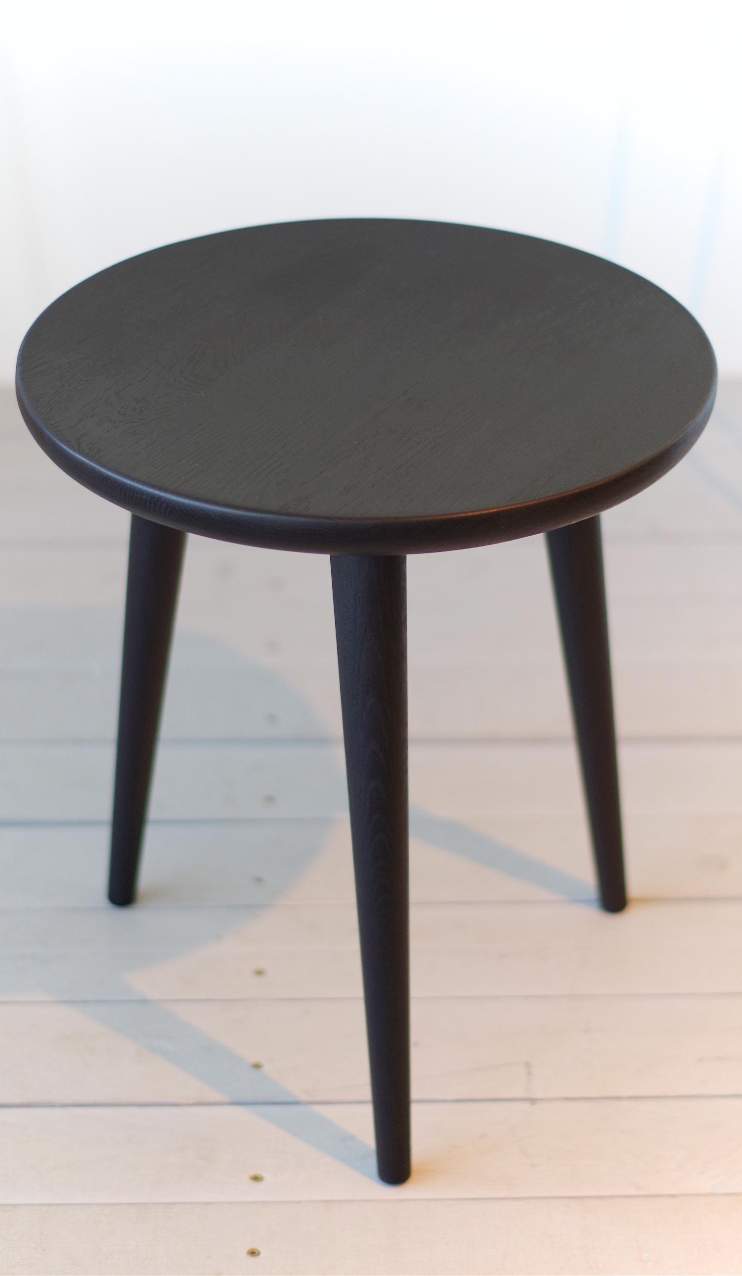 Black Small Solid Oak Side Table Stool 02 Aliusydecor